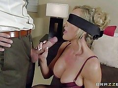 Big-boobed lingerie-clad mummy Brandi Love is blinded to make her